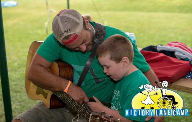 Songs of Celebration: Mike Brown's Campfire Songs – Victory
